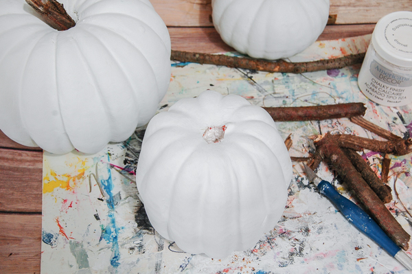 Painted plastic pumpkins with chalk paint