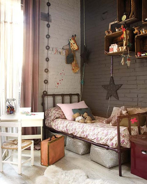 Modern Country Style: Florals In Girls' Bedrooms