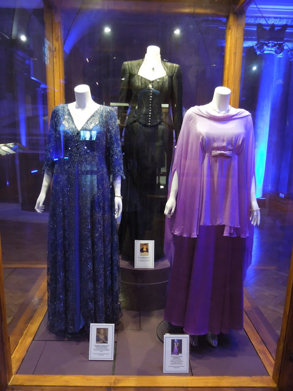 Meryl Streep Iron Lady movie gowns