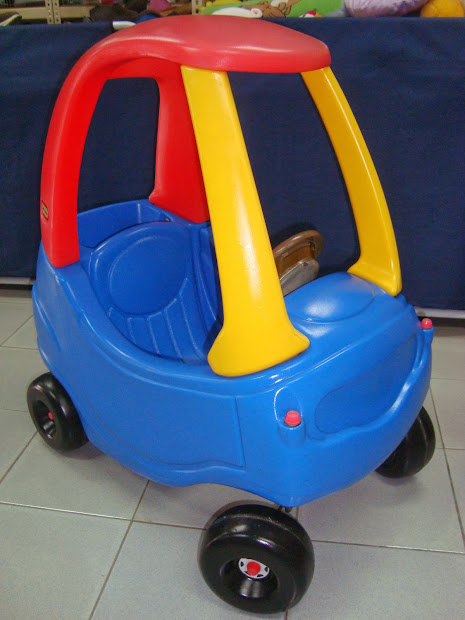 Preloved Toysworld Thetottoys Little Tikes Cozy Coupe Ride
