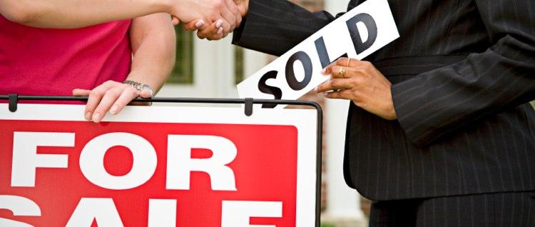 Menjual Rumah