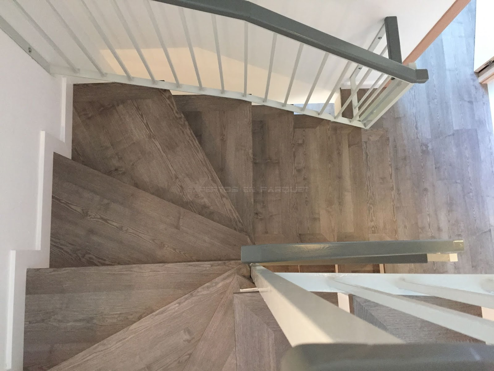 Forrar Escaleras Con Parquet Tarima O Suelo Laminado Tipos