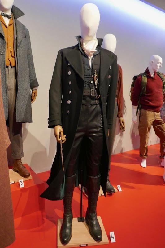 Johnny Depp Fantastic Beasts Crimes of Grindelwald film costume