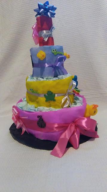 tort z pampersów, tort z pieluch, tutorial, jak zrobić tort z pieluch, jak zrobić tort z pampersów