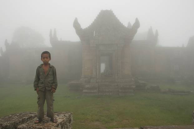 Soldier%27s+child+in+Preah+Vihear+(PPP).jpg