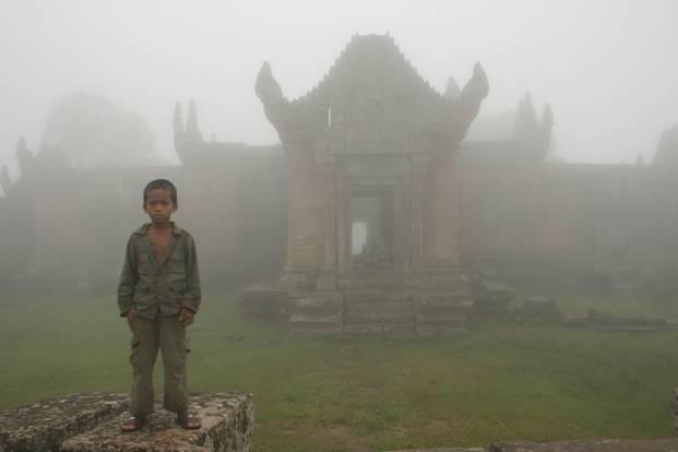 Soldier%27s+child+in+Preah+Vihear+(PPP).jpg