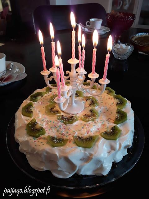kakku kynttilät
