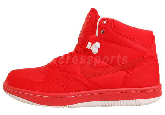 taille 40 fa621 d3ee2 L'actu des Sneakers: Nike Sky Force '88 Mid TXT 'Action Red'