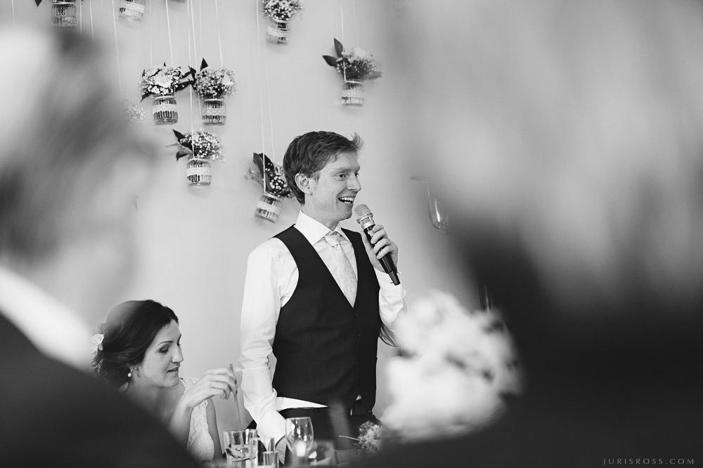 līgavaiņa uzruna anglis