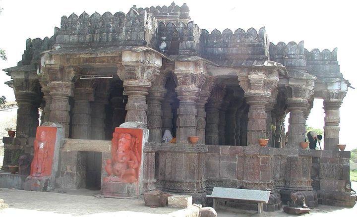 veerupaksh mahadev temple bilpuk