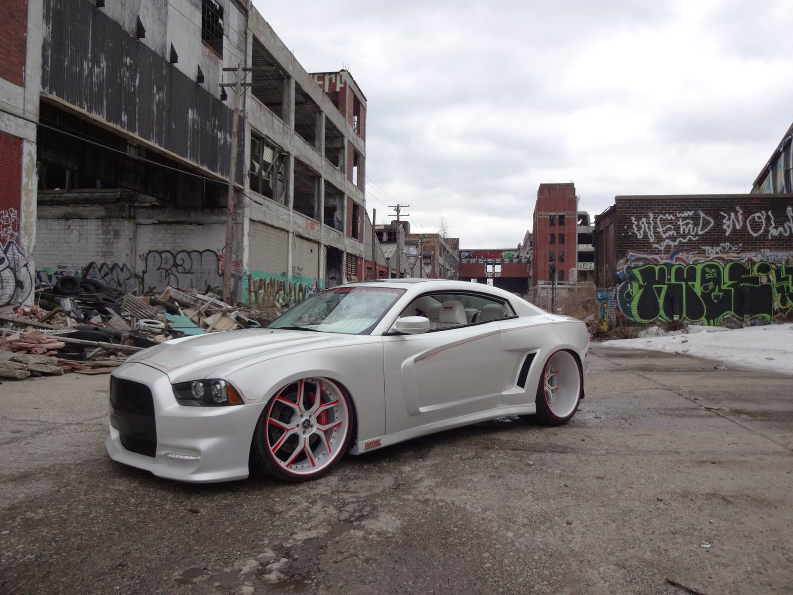 Photo Gallery & This One-Off Dodge Charger Coupe Conversion Is The Anti-Challenger ... Pezcame.Com