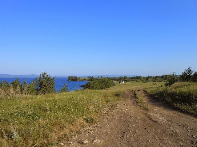 Дорога по берегу Иртяша