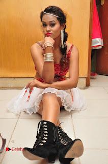 Telugu Dancer Nisha  Pictures at Babu Bangaram Audio Launch  0175.JPG