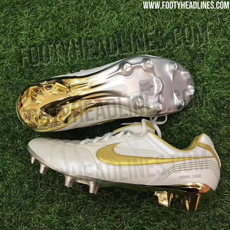 c2680e2e9 Nike will release a stunning limited edition remake of the iconic Nike Air  Legend R10 2005 football boot. The Nike 10R Tiempo Legend 7 Elite boots  merge ...