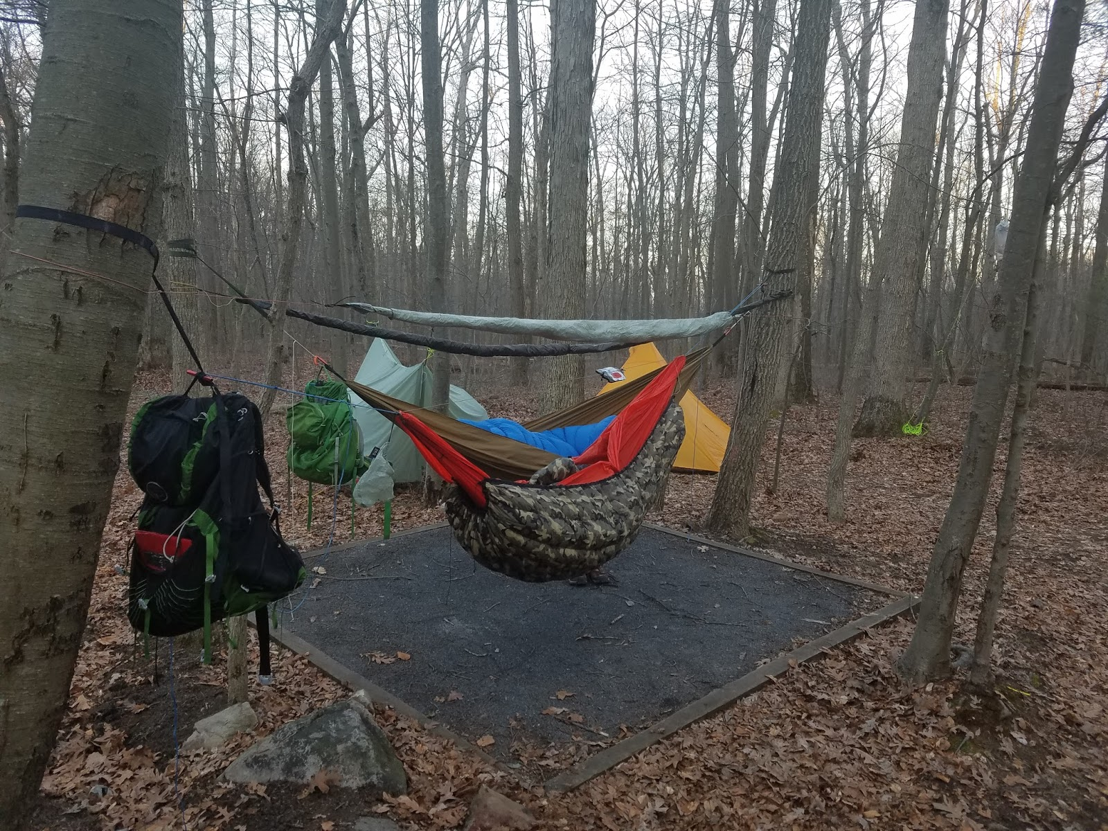 after a breakfast of honey buns and 2 cups of coffee i was ready to move on down the trail sage and i were brave enough to not deploy our tarps