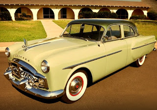 1951 Packard 300 Classic Sedan Front Left