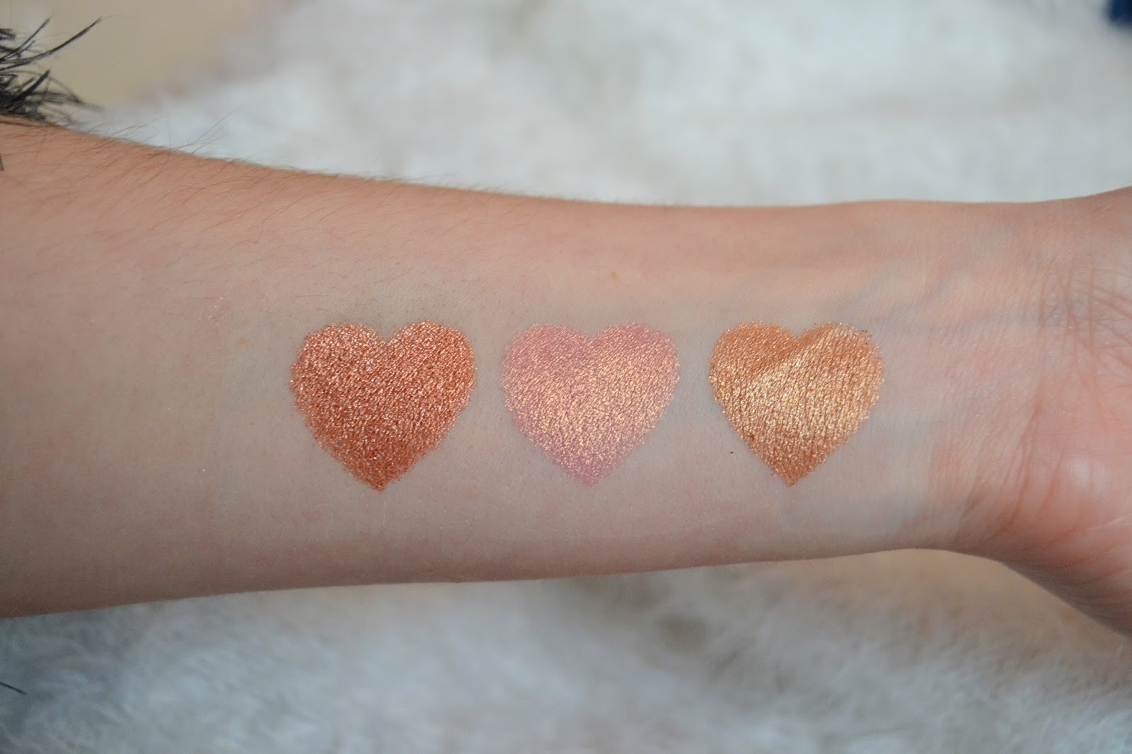 Makeup revolution rose gold swatche