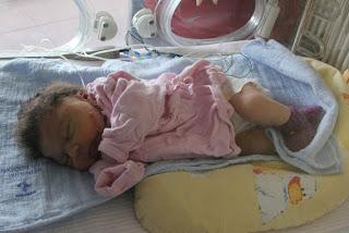 Vier Wochen muss Annika noch im Krankenhaus bleiben.