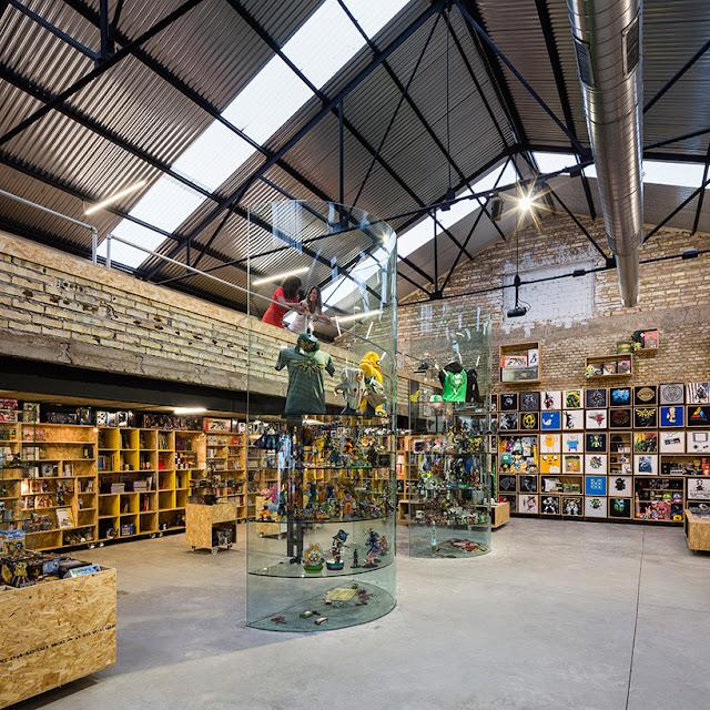Green Pear Diaries, interiorismo comercial, retail, Raccoon Games, Sevilla, Serrano y Baquero Arquitectos
