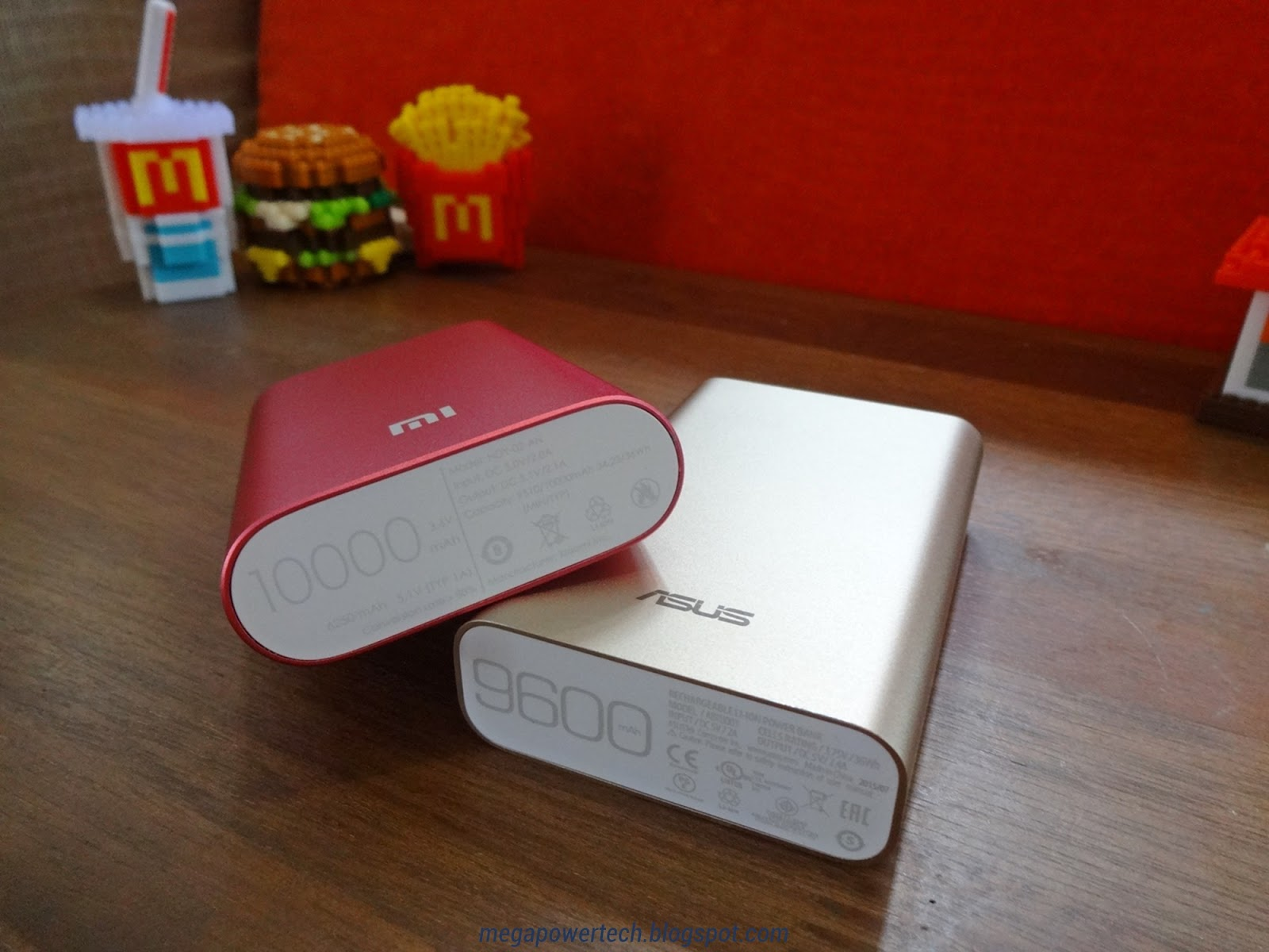 asus-xiaomi-power-bank-credit-card-size