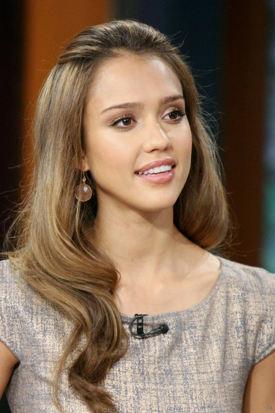 Sideboobs Is a cute Jessica Alba naked photo 2017