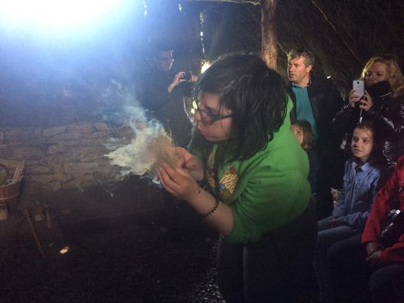 Aprendiendo a hacer fuego en el CAREX - Atapuerca