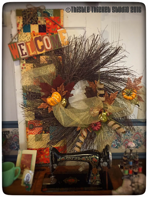 Thistle Thicket Studio, fall decor, fall wreath, fall quilt, vintage door decor
