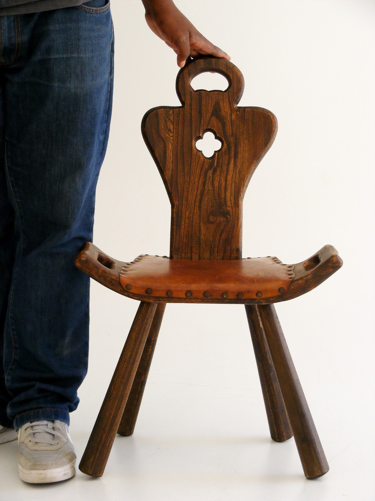 Modern birthing chair - A Pair Of Antique Spanish Birthing Chairs Height Of Seat 35cm Height Of Back 75cm Depth 32cm Width 47cm