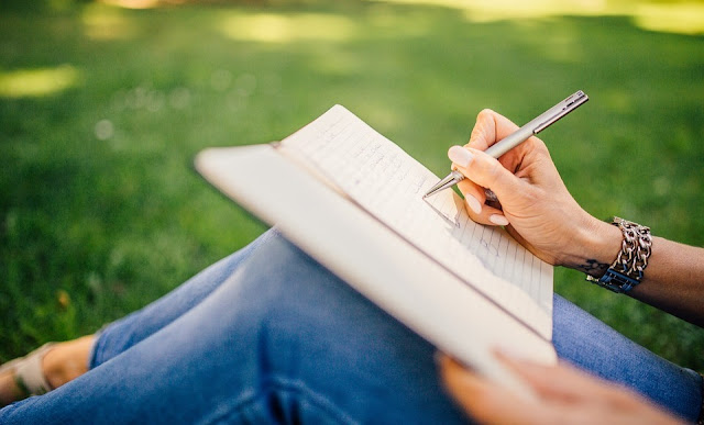 10 Easy Hacks to Improve the Quality of Your Writing in College