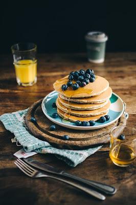 vaisselle-bleue-mieux-manger