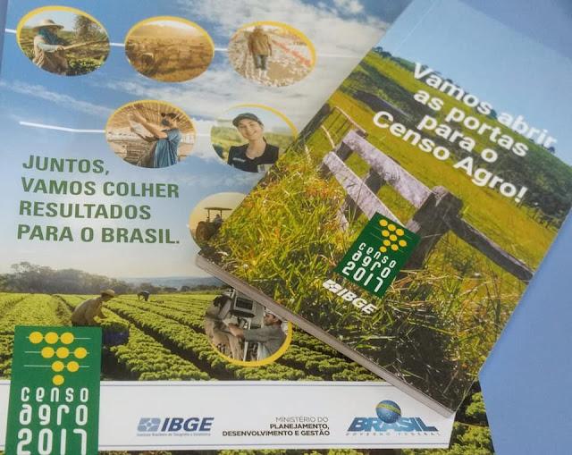 Prefeitura de Olho D' Água do Casado realiza reunião  com equipe da coordenadoria subárea do Censo Agropecuário do IBGE  no município