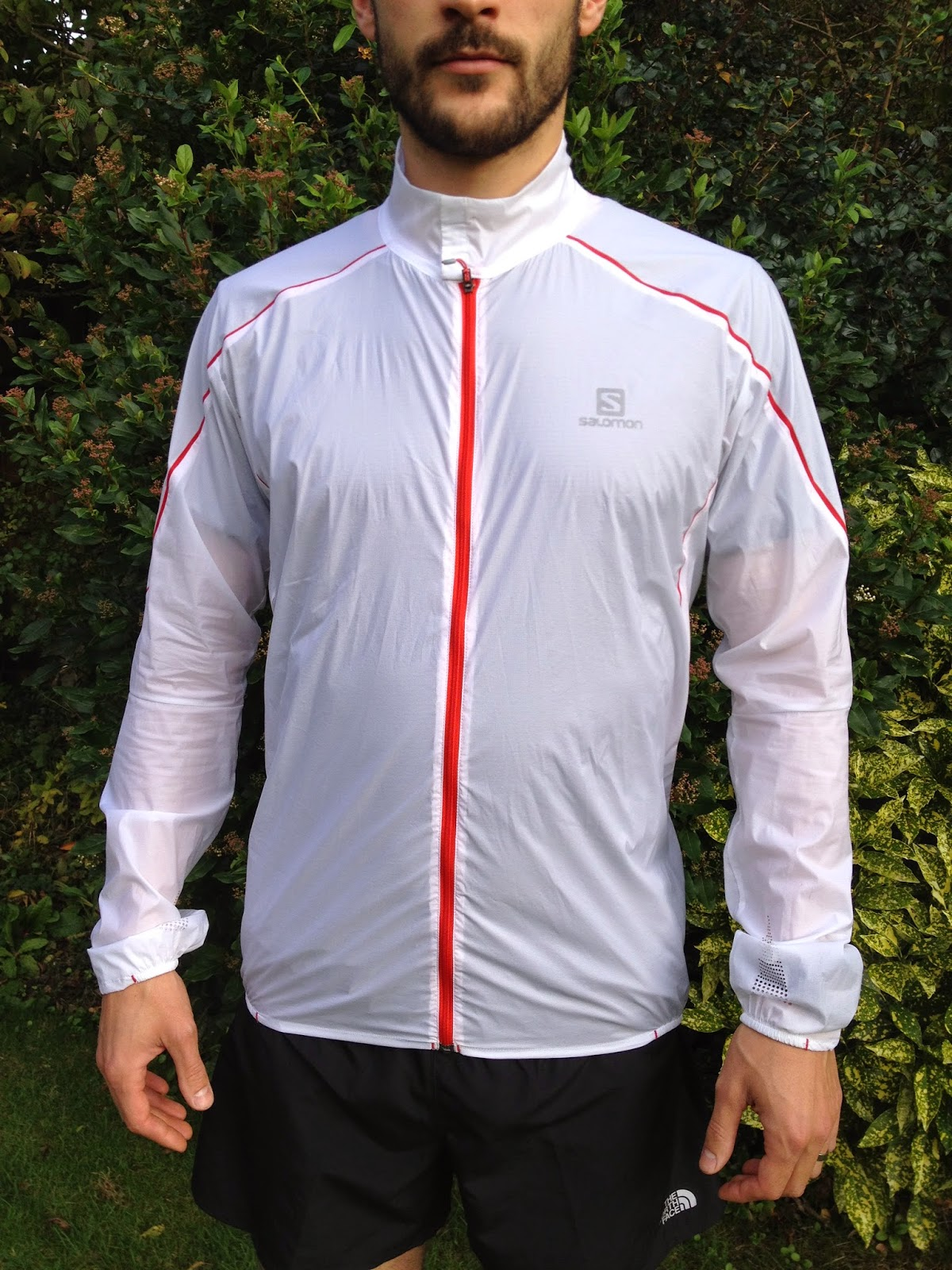 856abea76 The windproof yet breathable fabric completely blocks chilly blasts of wind  whilst allowing your skin to breath and not get too sweaty in comparison  with ...