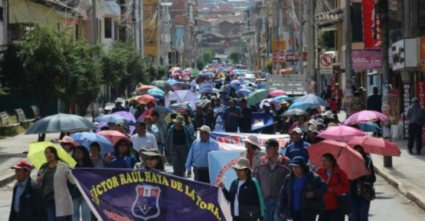 Lo que hay detrás de la huelga de docentes [INFORME] www.elcomercio.pe