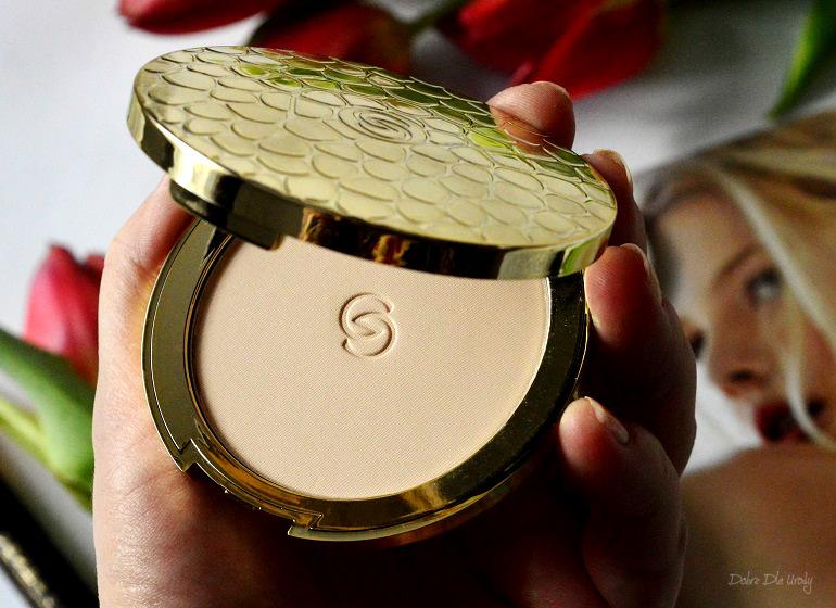 Oriflame Puder prasowany Giordani Gold Jewel Light recenzja