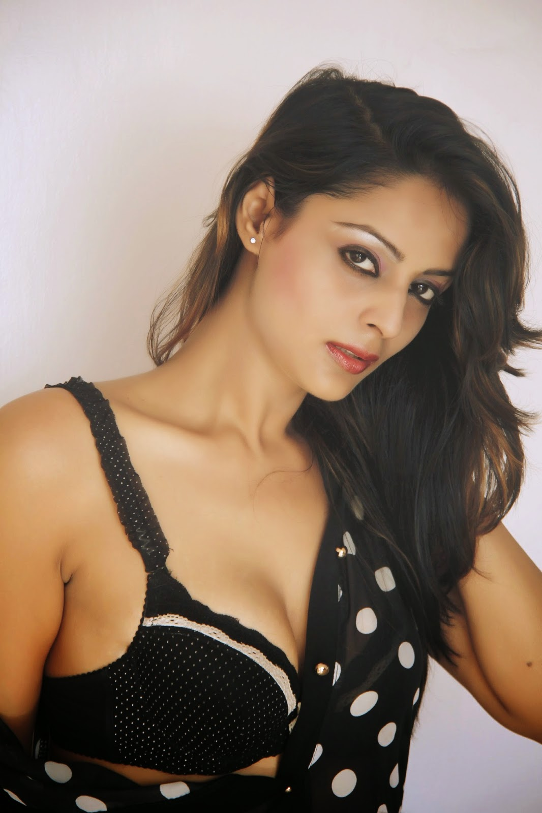 Sexy  Hot Leena Kapoor New Photo Shoot-4476