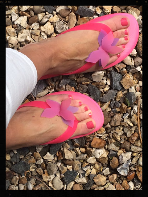My Midlife Fashion, Beach Athletics Papillon Gel Flip Flops