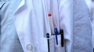 Γιατρός έφτανε τους ασθενείς ένα βήμα πριν τον θάνατο και τους ξαναζωντάνευε για να εντυπωσιάσει!