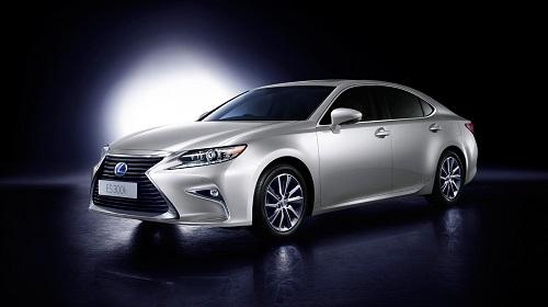 Spesifikasi dan Harga Lexus ES 300h
