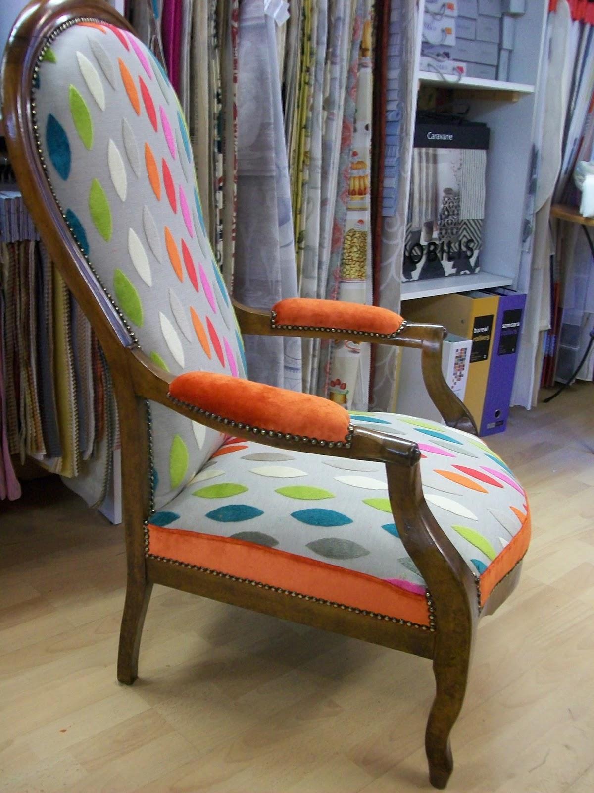 l 39 fauteuil voltaire relooker. Black Bedroom Furniture Sets. Home Design Ideas