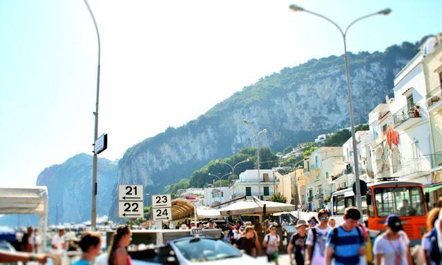 turisti, persone, gente, Capri, monti, isola, strada