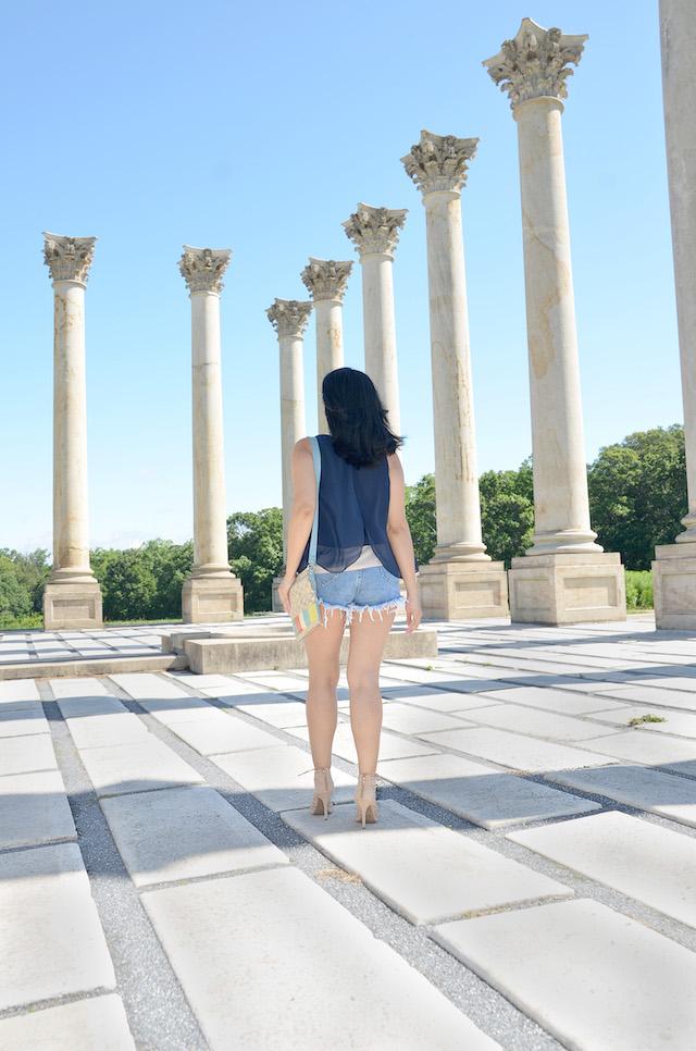United States National Arboretum, Mari Estilo Wearing: Shorts/Pantalones cortos: SheIn Blouse/Blusa: Macy's Bag/Bolso: Coach Shoes/Zapatos: Shoedazzle