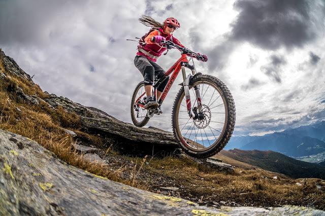 panorama sterzinger bergwelt gipfeltour bike kalgebirge