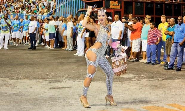 Esquenta Carnaval 2014: Famosos mostra que tem muito samba no pé