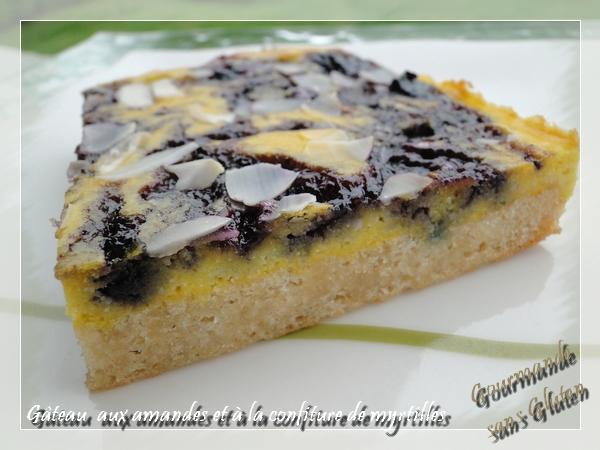 Gâteau aux amandes et à la confiture de myrtille