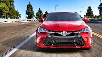 2017 Toyota Camry front view hd image
