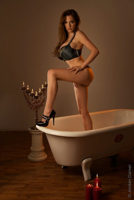 Jordan-Carver-Tub-photoshoot-hot-sexy-HD-picture_12