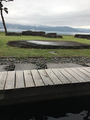 諏訪湖畔の足湯コーナー