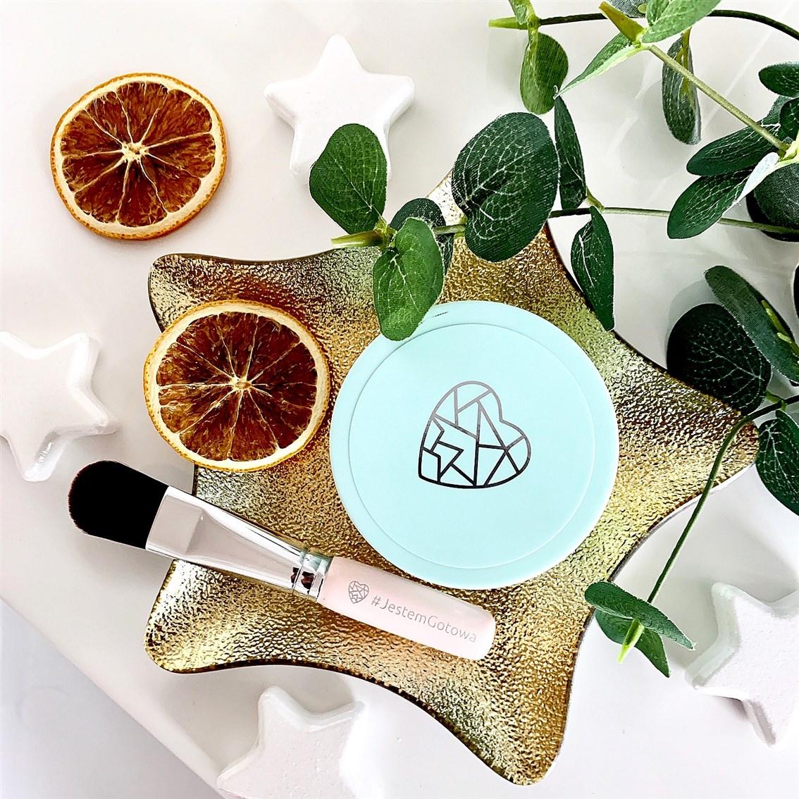 Miya Cosmetics maska z węglem kokosowym