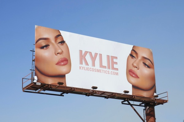 Kylie Cosmetics Nov18 billboard