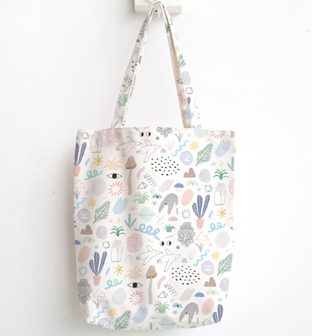 Min Pin Shop tote bag | Room 334